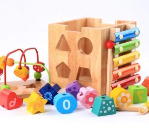 Centre d'activité en Boulier Bois Cube bébé,Labyrinthe de perles Montagnes russes Préscolaire Boîte d'apprentissage sur l'éducation précoce Xylophone Jouets pour enfants Anniversaire Noël Cadeaux